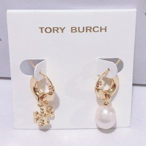 Tory Burch Asymmetric Pearl Earrings